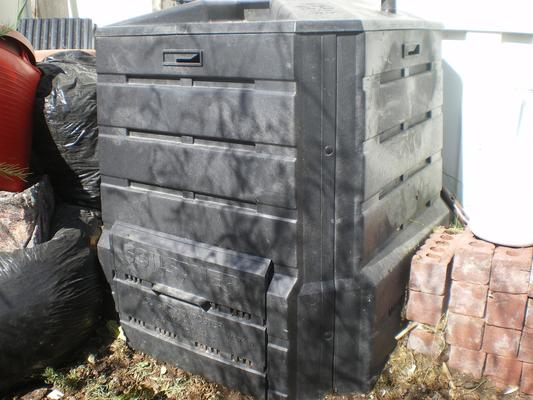 Carousel composter