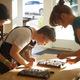 Small square stationery workshop choosing cuts